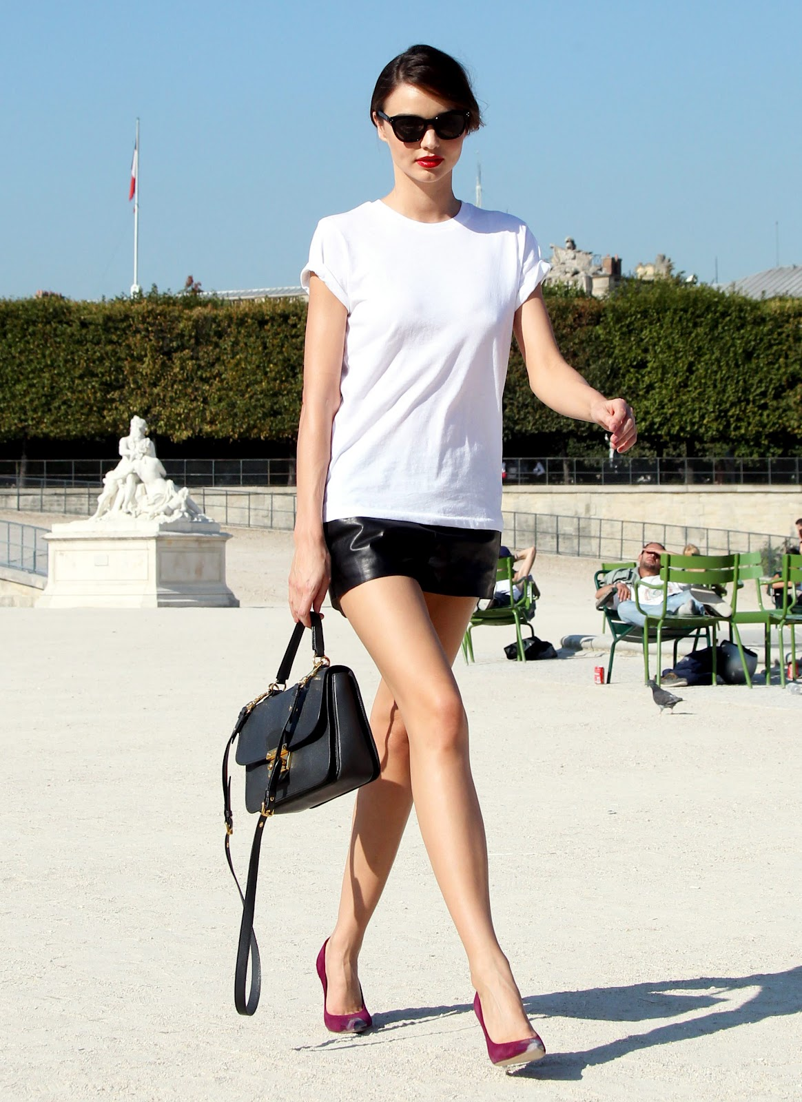 Week end fashion crush the plain white t fabmom for White t shirt outfit